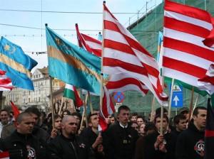 Conflict la Targu Mures. Ciocniri intre manifestantii maghiari si fortele de ordine
