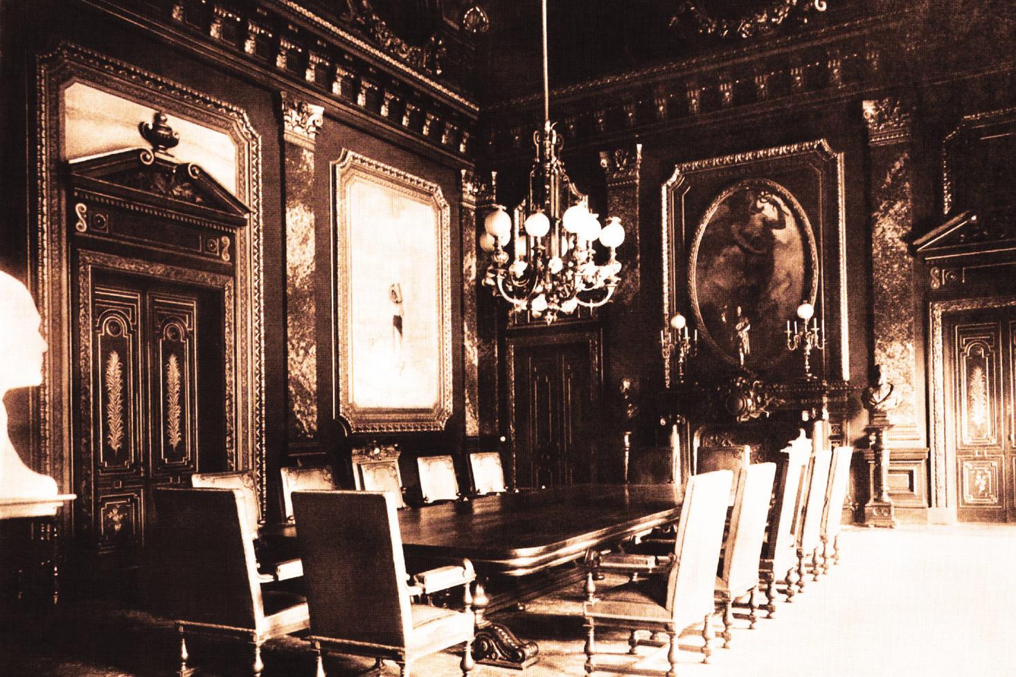 Palatul vechi-sala consiliului de administratie